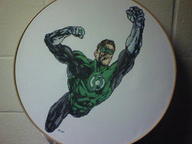 Green Lantern Cross Stitch by saber (source: deviantart.com)
