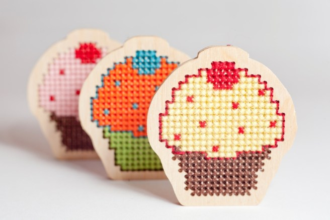 cake cross stitch kit by tinylizardgifts