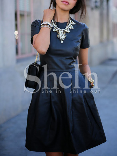 rochita-neagra-shein-maneca-scurta