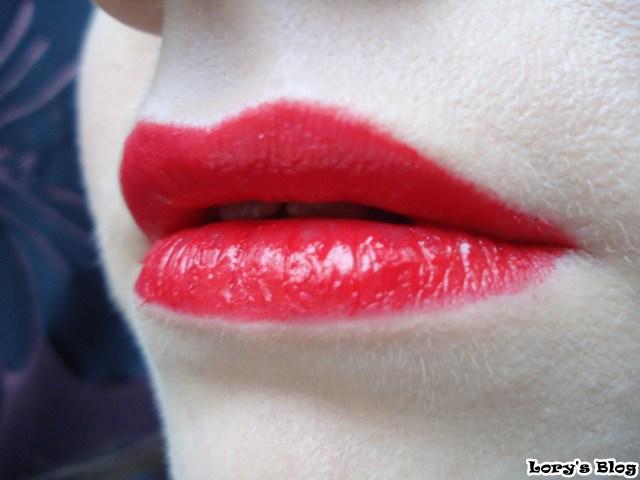 machiaj-in-nuante-neutre-buze-rosii