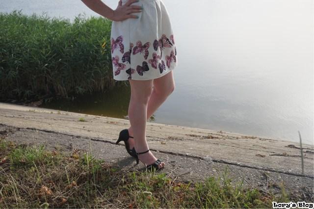ooo-rochie-alba-pentru-botez-sandale