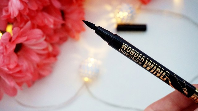 stamp eyeliner wonder wing rimmel london