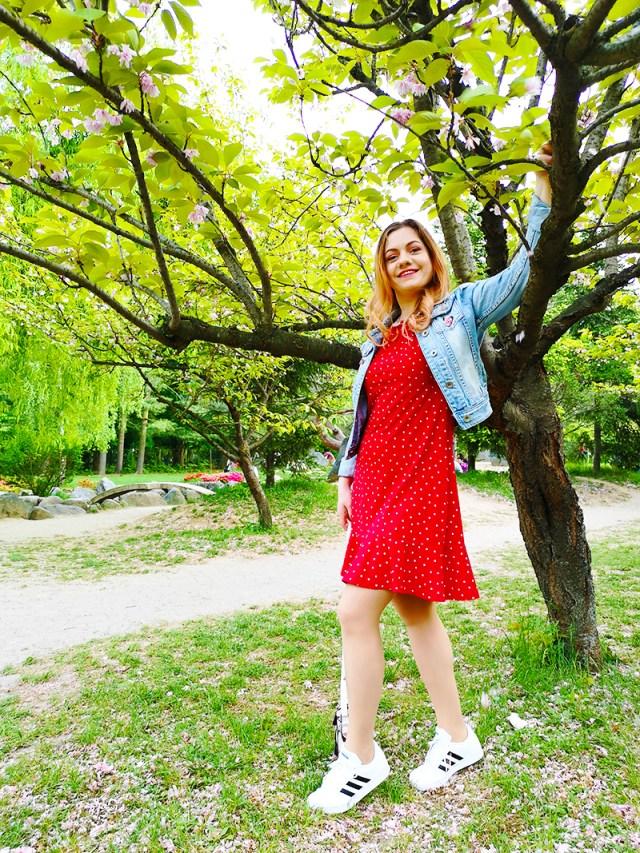 rochie cu buline BonPrix geaca din denim si Adidas - lorys blog