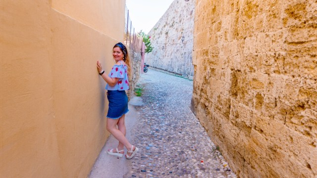 lorys blog visiting Old Town Rodos streets