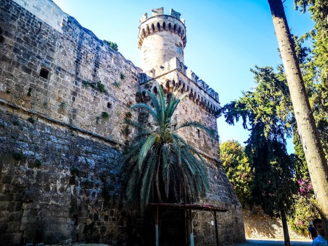 visiting the Old Town Rodos2