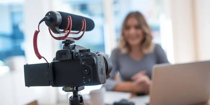 Social Video: Experiences & Tips From 500 Marketers [infographic]