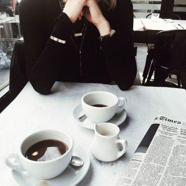 menj egyedül kávézni