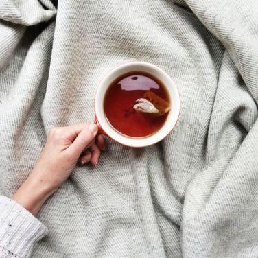 készíts egy forró italt, és addig amíg meg nem iszod ne foglalkozz semmivel