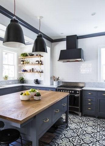 black and navy home2