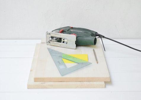 DIY-Wooden-Magazine-Holder-Materials