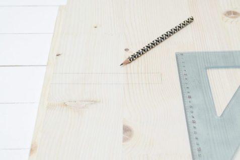 DIY-Wooden-Magazine-Holder-Step3-800x535