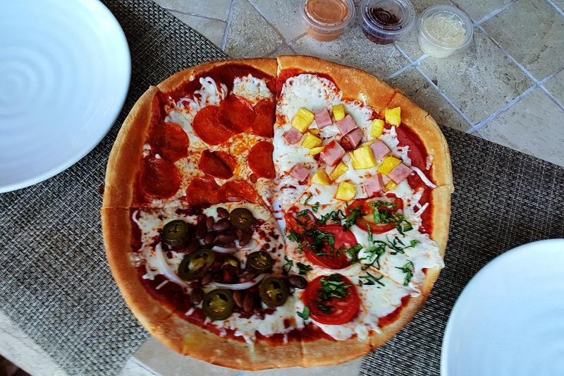La Mision pizza in Loreto, Mexico