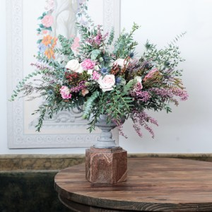 Arreglo floral en copa de zinc Flores Madrid
