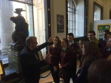 students-listen-inside-the-gpo