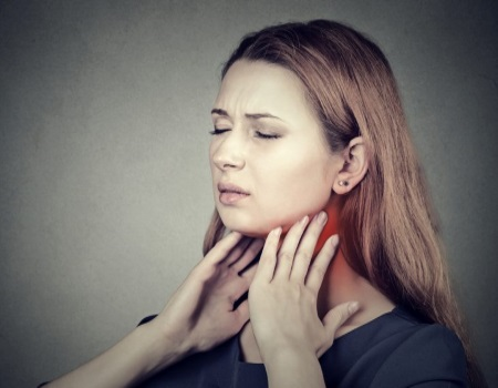 Как снять отек горла в домашних условиях — Нет насморка
