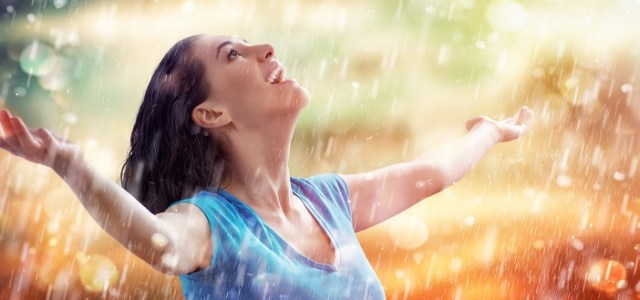 Woman has joy because bipolar disorder IV ketamine treatment.