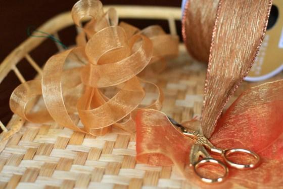 Easy wreath bow