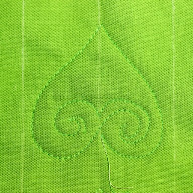 Free Motion Quilting Tutorial-The Elegant Leaf