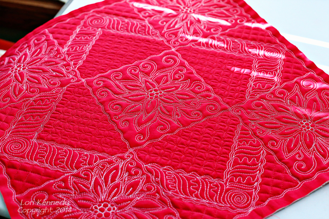 Poinsettia, Free Motion Quilting, Quilt