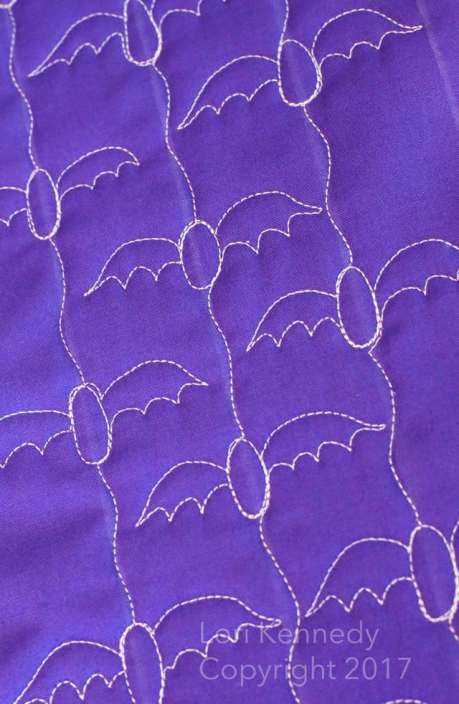 Spooky Bats, Machine Quilting, Tutorial