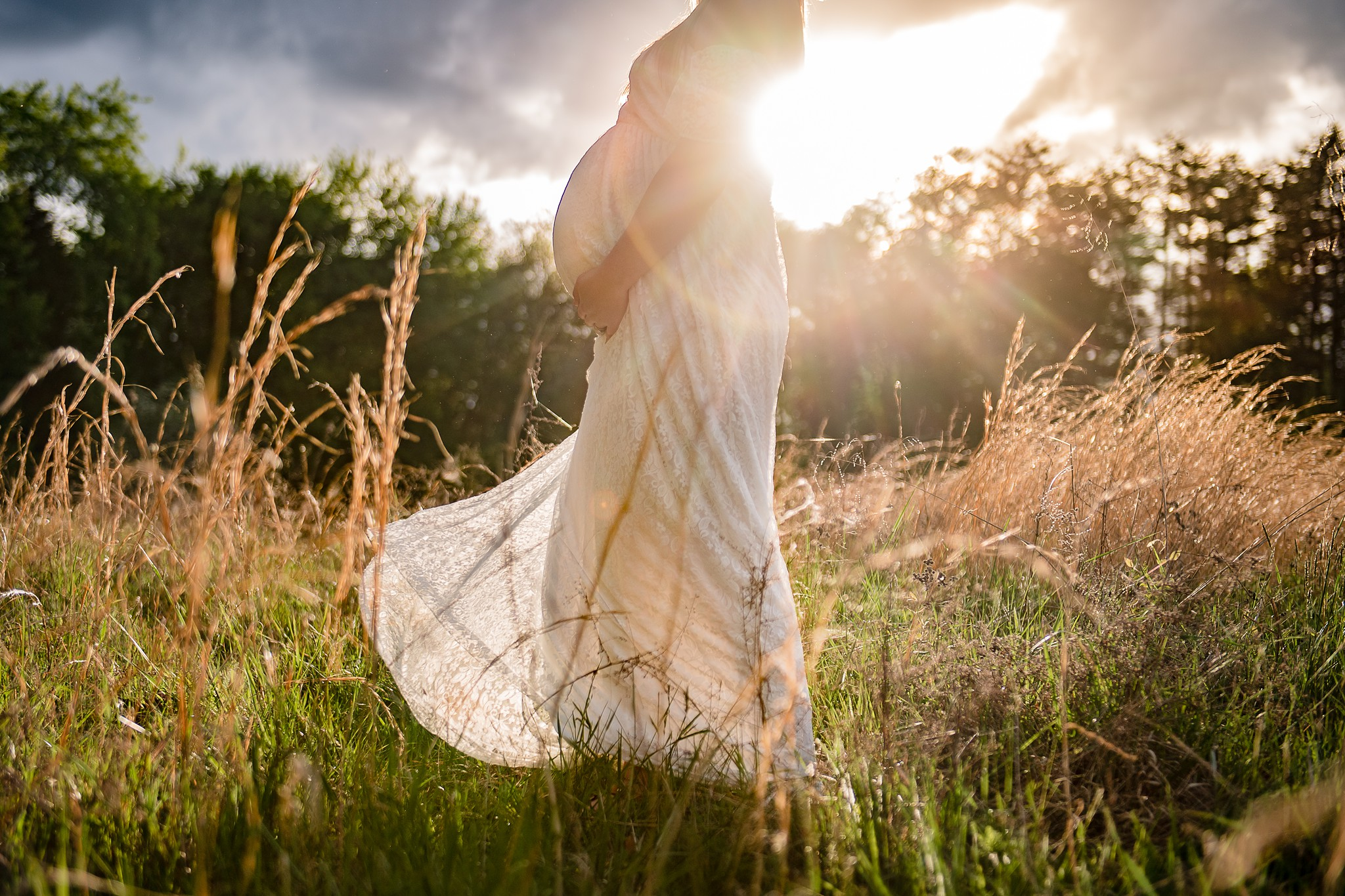 maternity session at golden hour