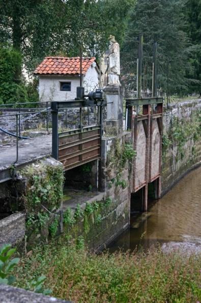 Droiteval-Abbaye-Ecr-Digue-08