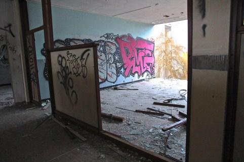 Lycee-St-Joseph-Demolition-1-54