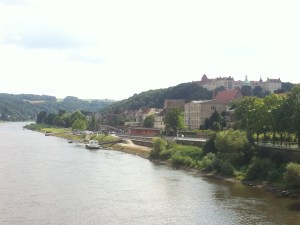 Wir überqueren die Elbe in Pirna