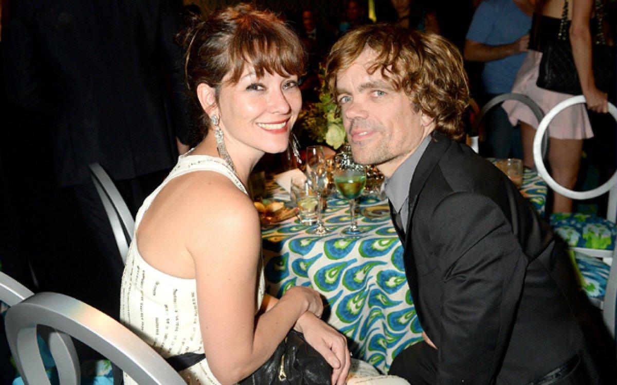 Peter Dinklage y Erica Schmidt