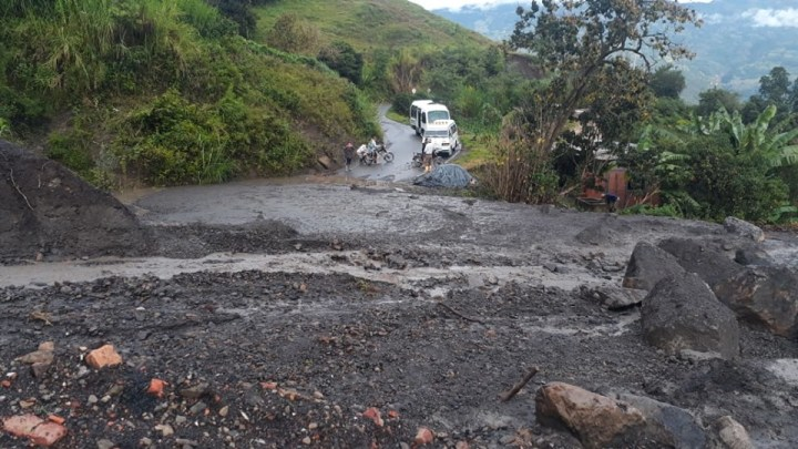 Cerrada la vía Enciso Carcasí
