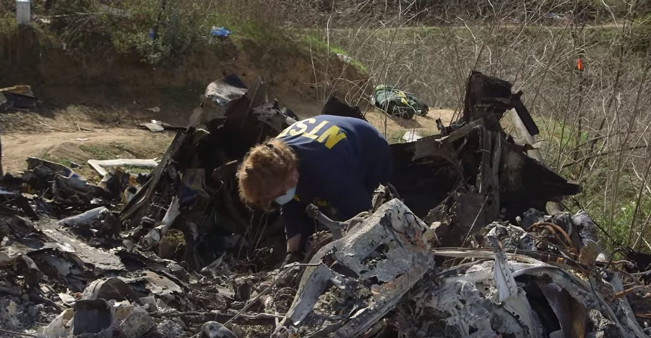 NTSB finds Kobe Bryant helicopter crash due to pilot was disoriented in clouds 2/9/21