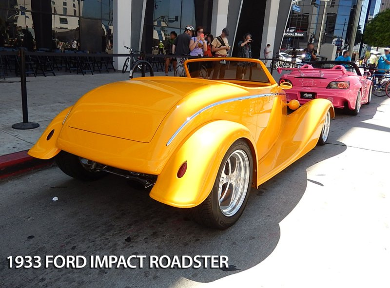 rear view ford impact roadster