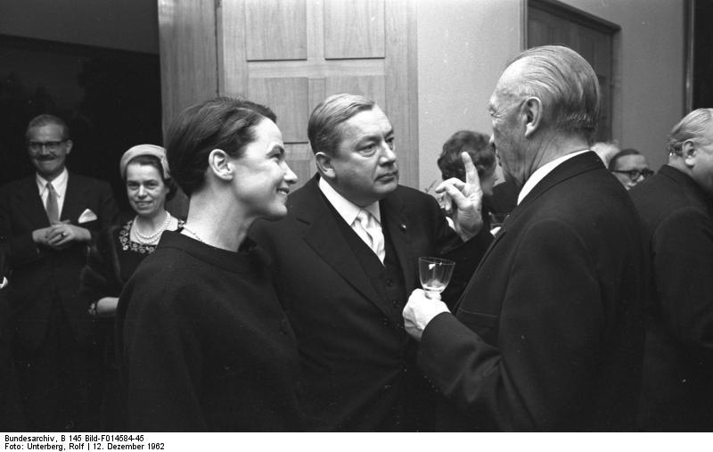 Elisabeth Noelle-Naumann e Konrad Adenauer