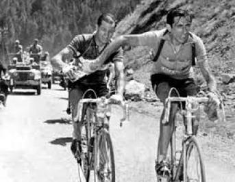 Coppi e Bartali, la foto più nota del nostro ciclismo