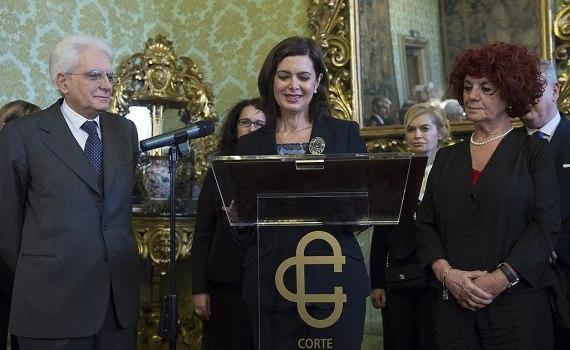 In questo articolo parliamo di La grande nemica, libro di Alivernini su Laura Boldrini