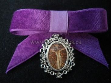 Medalla del Cristo de La Laguna con lazo.