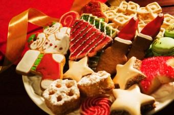 christmas cookies plate iStock_000021839487_Small