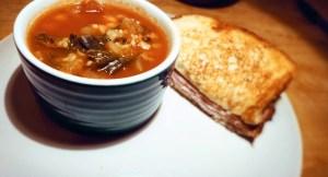 Low calorie tomato kale soup
