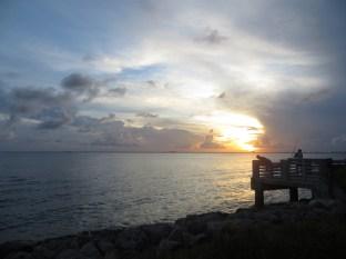 Precioso atardecer en la isla de Key Byscaine