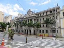Señora Facultad de Derecho que tienen en Sao Paulo...
