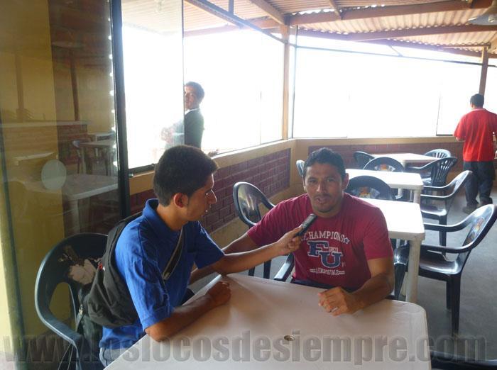 Manolo Cadillo con Alexander Fajardo para Los Locos de Siempre