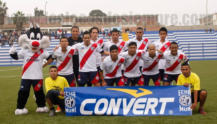 Muni enfrentó sin suerte al Sportivo Huracán. Foto: LOSLOCOSDESIEMPRE.COM/ Gonzalo Cárdenas