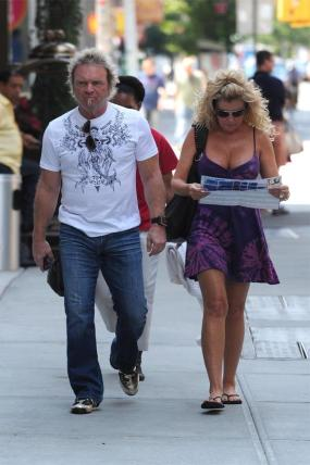 aerosmith joey-kramer-and-wife-linda-
