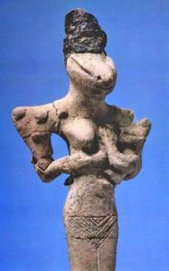 Diosa Reptíl encontrada en Mesopotamia.