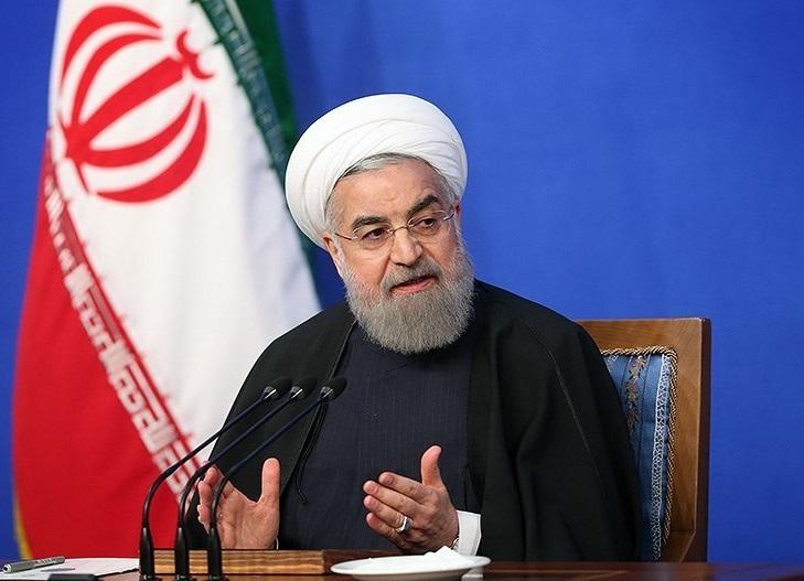 Il presidente dell'Iran Hassan Rouhani durante una conferenza stampa