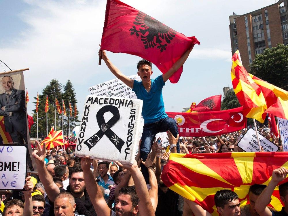 24-anti-government-protest-epa1