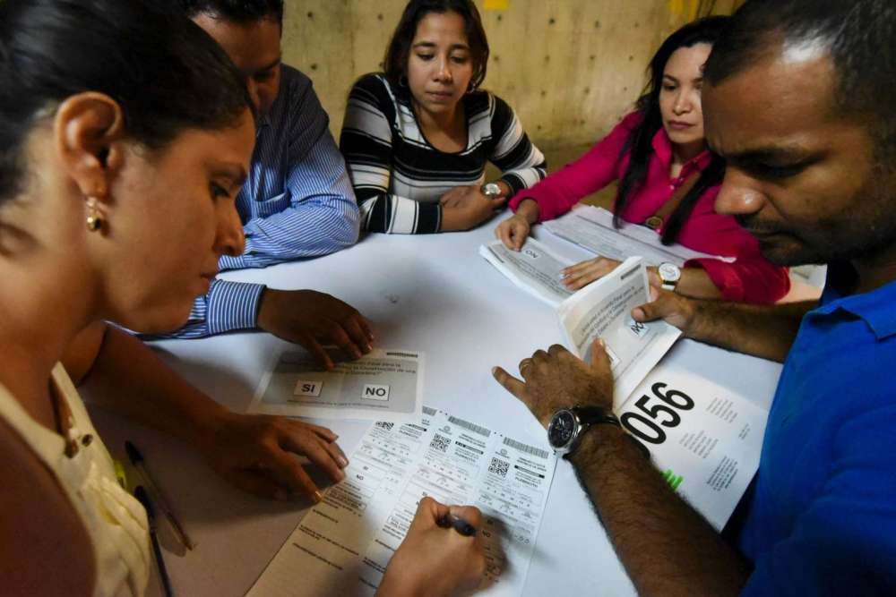 40068933_-_03_10_2016_-_colombia-referendum-vote