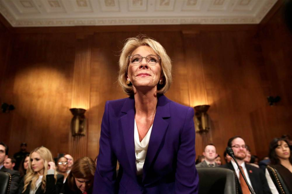 170207-betsy-devos-confirmation-hearing-1232p_735fefbbf6f21ff7db0739479ac8cd7f-nbcnews-ux-2880-1000