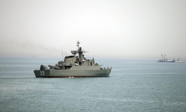 IRAN-gulf-destroyer.jpg