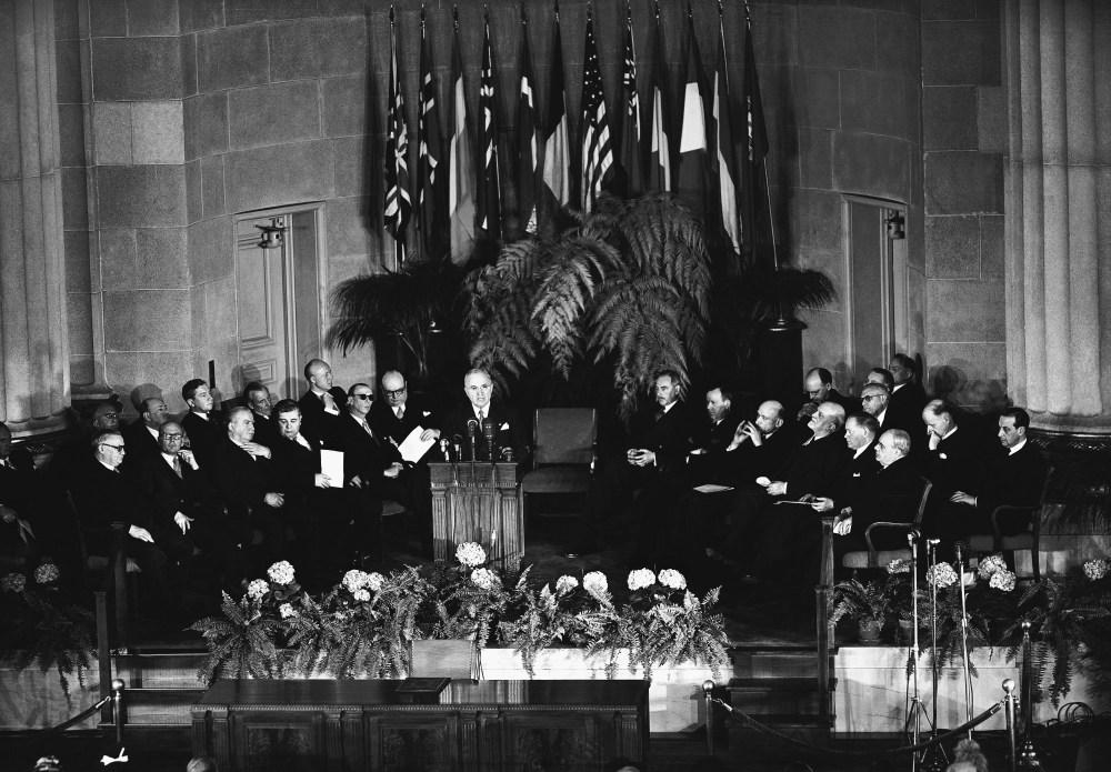NATO Truman 1949
